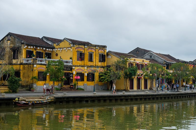 Hoi An old town on the river